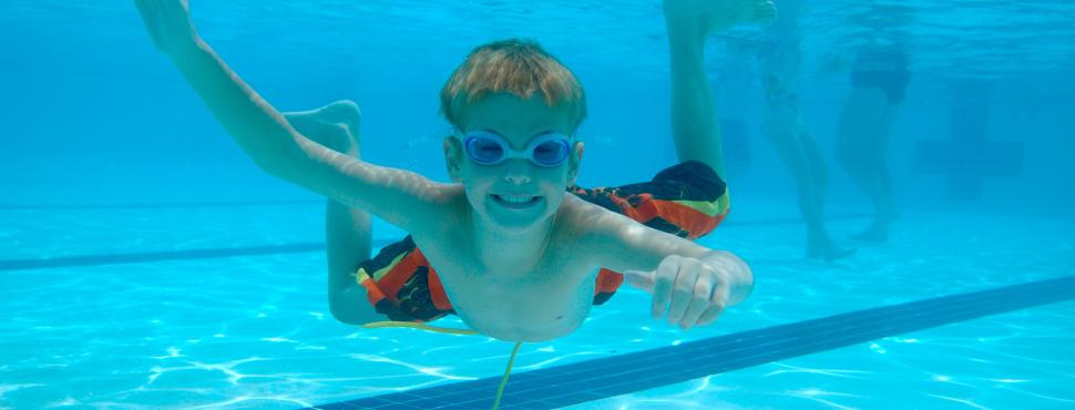 Apprendre à nager au sein de l'Ecole de Natation Française de la FFN